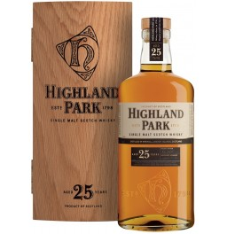 Виски Highland Park 25 Years Old, wooden box, 0.7 л